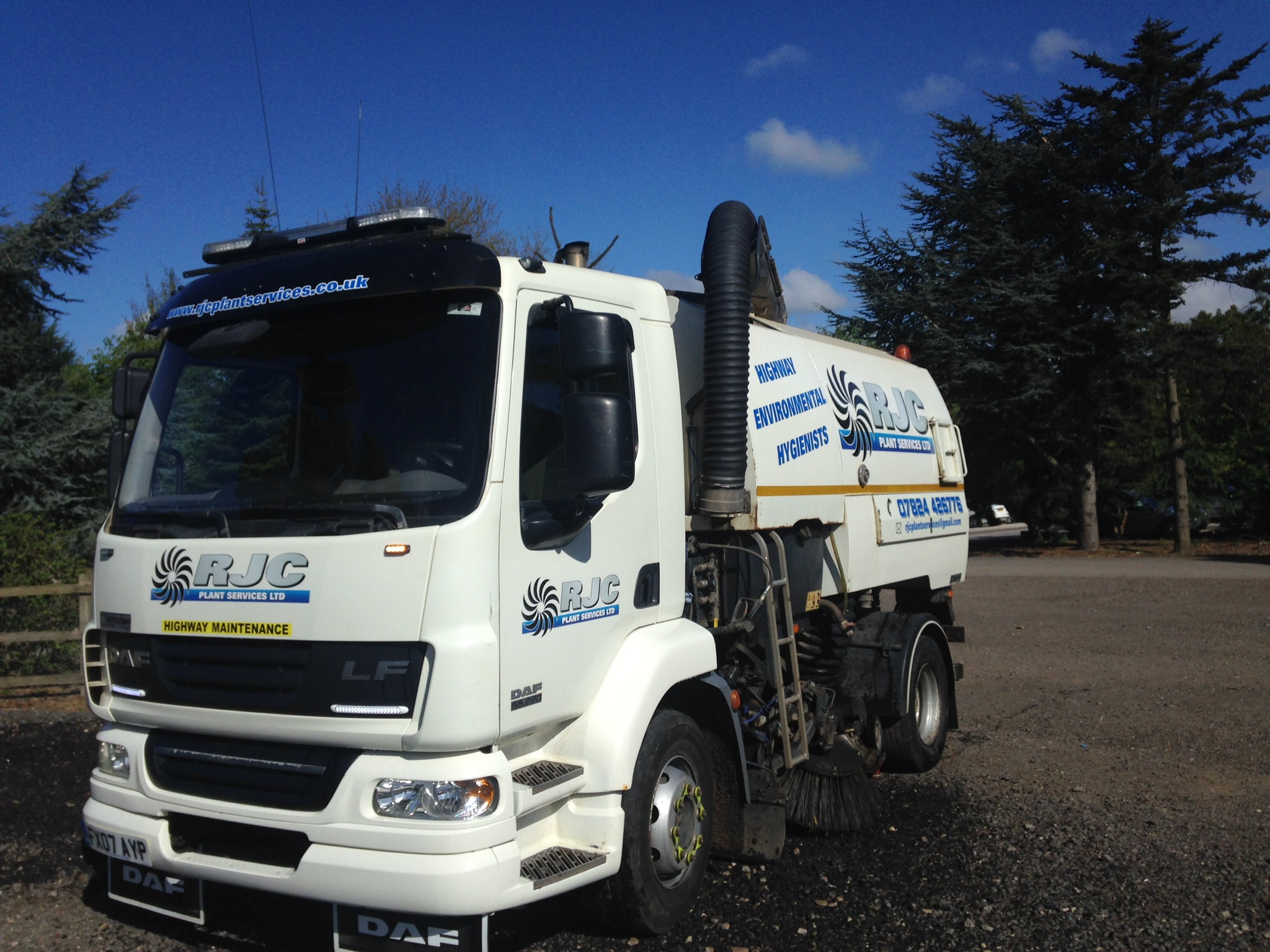 Roadsweeper hire services